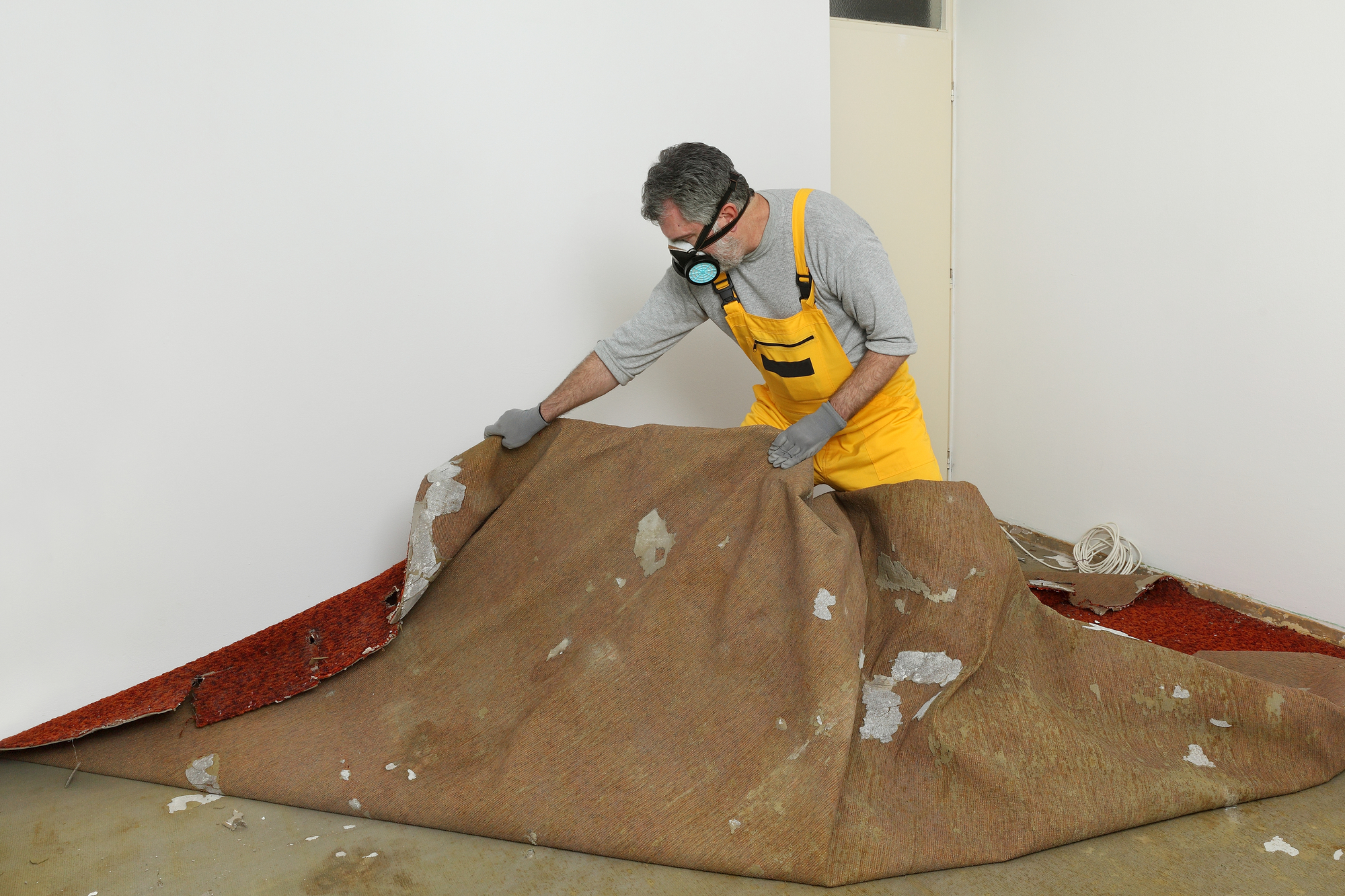 Removing Carpet During Apartment Turnover Projects